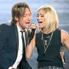 Carrie Underwood, Keith Urban to Reprise 'Fighter' on ACM Awards