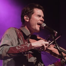 Old Crow Medicine Show Plot New Year's Eve Concerts, Sing With Kesha