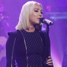 Watch RaeLynn's Tender 'Love Triangle' on 'Seth Meyers'