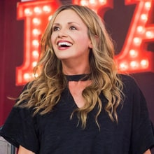 Carly Pearce Unveils Debut Album 'Every Little Thing'