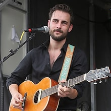 Hear Robert Ellis, Courtney Hartman's Delicate 'Gentle on My Mind'