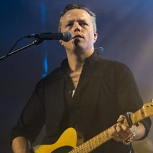 Jason Isbell Named 2017 Artist in Residence at Country Music Hall of Fame