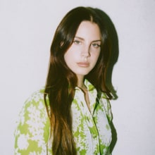 Review: Lana Del Rey Indulges in Nostalgia, Reverb on Fourth LP