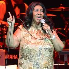 Aretha Franklin Accuses Dionne Warwick of 'Libel'