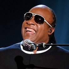 Watch Stevie Wonder Sing 'Happy Birthday' to Hillary Clinton