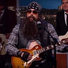 Watch John Mayer Fake Out 'Kimmel' Crowd With House Band Disguise