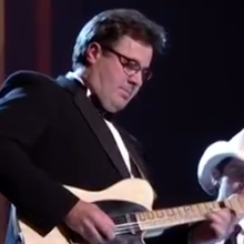 Flashback: See Vince Gill, Brad Paisley Honor Haggard at Kennedy Honors