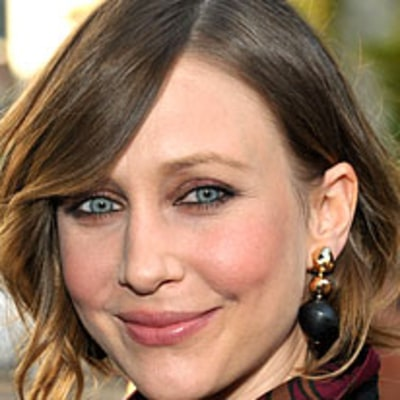 Copy Vera Farmiga's Source Code Premiere Updo