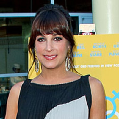 Actress Lindsay Sloane Is Pregnant