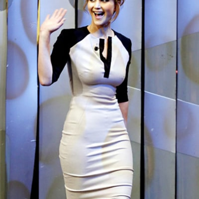 Jennifer Lawrence Flaunts Curves in Skin-Tight Victoria Beckham Dress