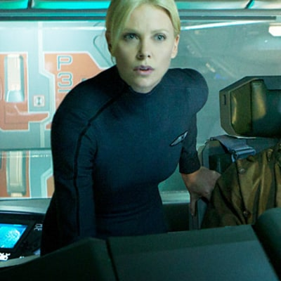 Prometheus Review: Charlize Theron