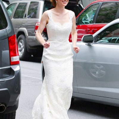 Ellie Kemper Gets Married: See Her Gorgeous Dress!