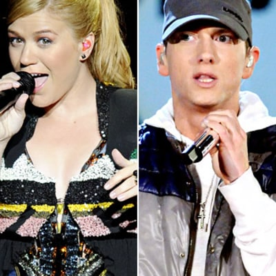 Kelly Clarkson Rocks Hoodie, Covers Eminem's