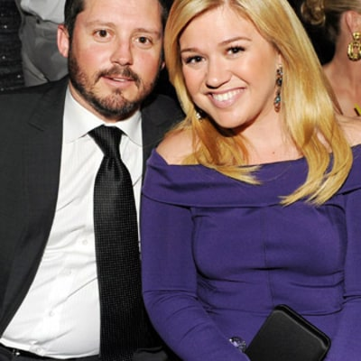 Kelly Clarkson's Fiance Brandon Blackstock Spoils Her on Birthday: