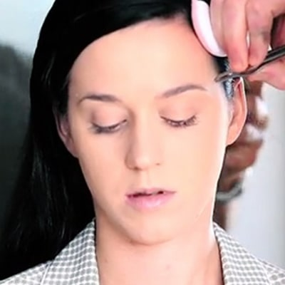 Katy Perry Without Makeup: See How She Becomes Glamorous!