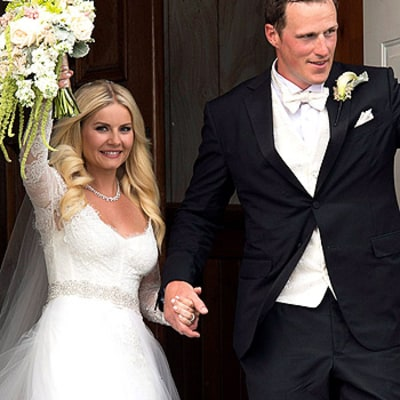 Elisha Cuthbert Marries Dion Phaneuf: Her Wedding Dress Revealed!