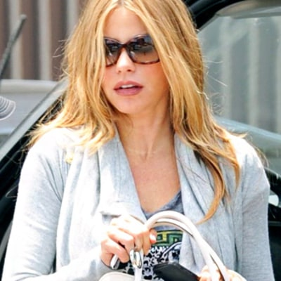 Sofia Vergara Goes Blonde: Modern Family Star Steps Out With Lighter Hair