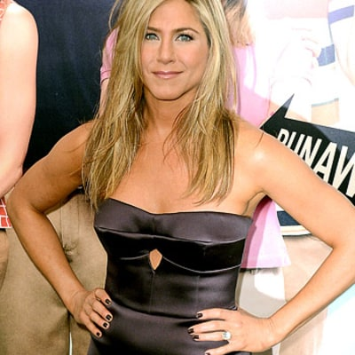 Jennifer Aniston Gets Frustrated With Pressure to Have a Baby