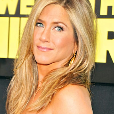 Jennifer Aniston's Secret to a Glowing Complexion Revealed!