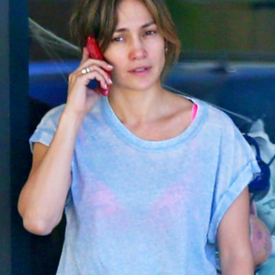 Jennifer Lopez Goes Without Makeup for Sunday Outing With Daughter Emme