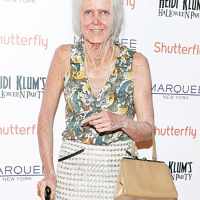 Heidi Klum Reveals Incredible Halloween Costume, Is Completely Unrecognizable as an Old Lady: Picture