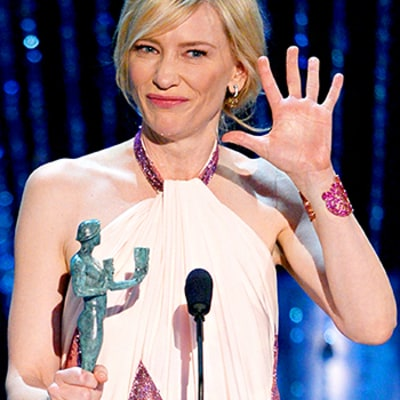 Cate Blanchett Gropes SAG Award Statue, Mocks Matthew McConaughey in Acceptance Speech