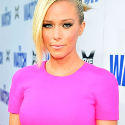 Kendra Wilkinson Still in