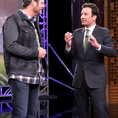Blake Shelton, Jimmy Fallon Play a Terrible Game of Random Object Football Toss: Watch the Video