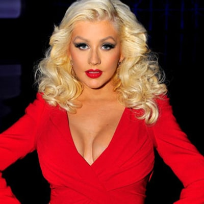 Christina Aguilera Shows off Amazing Post-Baby Body in Red Carpet Return: Photo