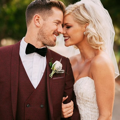 American Idol Alum Kimberly Caldwell Marries Jordan Harvey in Great Gatsby Inspired Ceremony: Details, Stunning Wedding Pictures