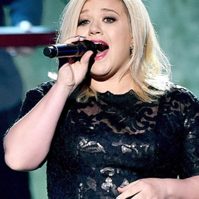 Kelly Clarkson on Body Confidence: