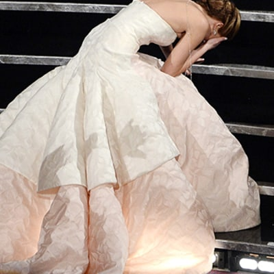 7 Award Show Slip Ups From Falls, Nip Slips, To Wardrobe Malfunctions: Watch the Video!