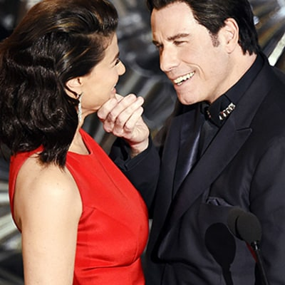John Travolta, Idina Menzel Reunite at Oscars 2015 Mock