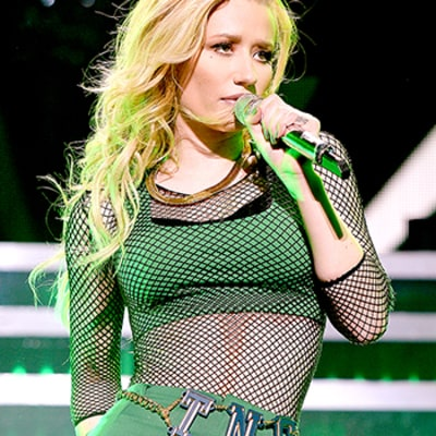 Iggy Azalea and 4 Other Stars Who Are Proud of Their Breast Implants