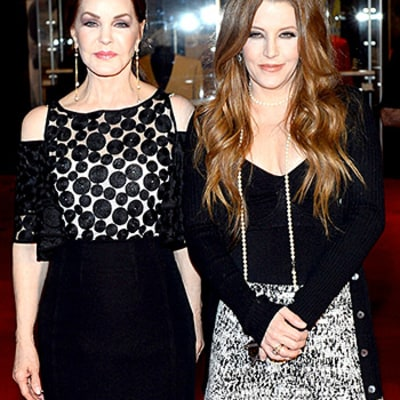 Priscilla Presley, Daughter Lisa Marie Coordinate Black and White Ensembles on the Red Carpet: See the Look-Alike Duo!