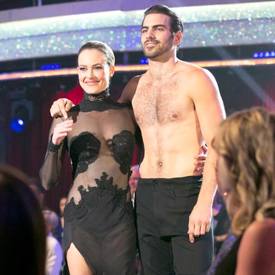 Nyle DiMarco and Peta Murgatroyd Perform Incredible Freestyle Routine on 'Dancing With the Stars'