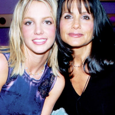 Lynne Spears Jams Out to Britney Spears'