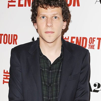 Jesse Eisenberg, Jeremy Irons Cast as Lex Luthor, Alfred in Batman ...