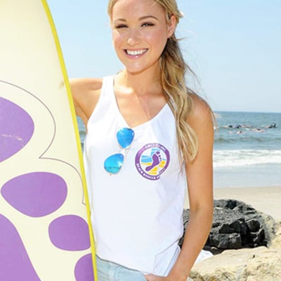 Celeb Sightings: Katrina Bowden Helps Rescue Rockaway Beach in N.Y.