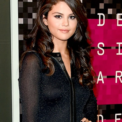 Selena Gomez Talks Fat-Shaming with Ryan Seacrest: