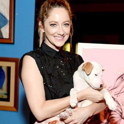 Celeb Sightings: Cute Pup Alert! Judy Greer Cuddles for a Cause