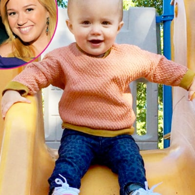 Pregnant Kelly Clarkson Reveals Second Baby Gender With Daughter River's Help: Cute Photo!