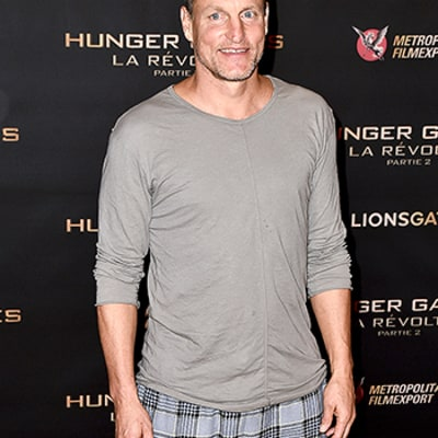 Woody Harrelson Leaves Shoes Behind, Wears Only Socks for The Hunger Games Paris Photocall