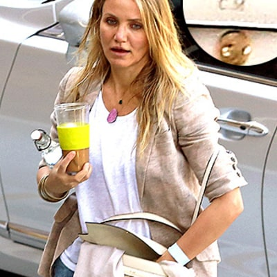 Cameron Diaz Carries Personalized Purse with