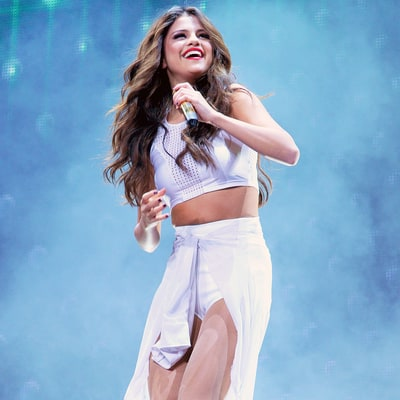 Selena Gomez Chokes Up, Cries While Performing 'Who Says' at Montreal Concert