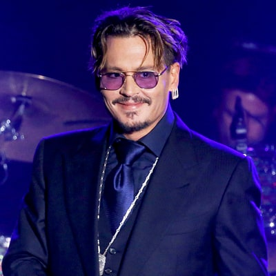 Johnny Depp Gives Heartfelt Speech About His Family