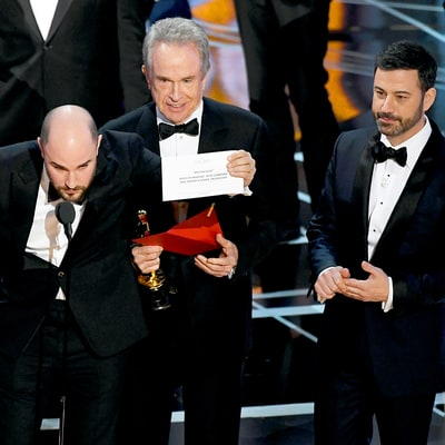 Oscars 2017: Best Picture Mix-Up, Jimmy Kimmel's Ongoing 'Feud' With Matt Damon and More Best, WTF Moments