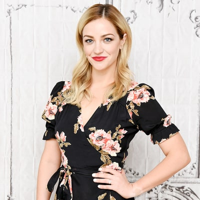 Odd Mom Out's Abby Elliott: What's In My Bag?