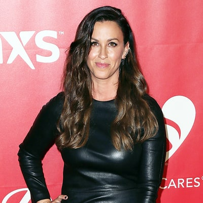 Alanis Morissette Robbed of $2 Million Worth of Jewelry: Report
