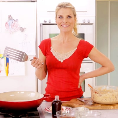 Ali Larter Shares Her Banana-and-Pecan Pancake Breakfast Hack